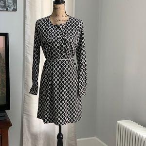Gap shift bold print dress size M